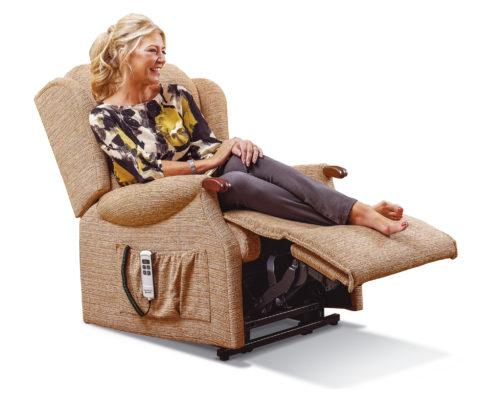 Ashford Knuckle Royale Fabric 'Lift & Rise' Recliner